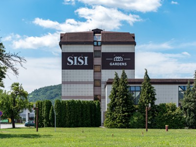 SISI Gardens